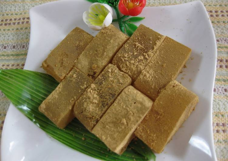 Living Greener for Good Health By Consuming Superfoods Jiggly Warabi Mochi Made with Gelatin