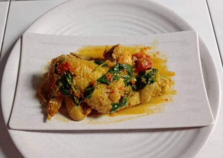 Ayam Woku (Manado)