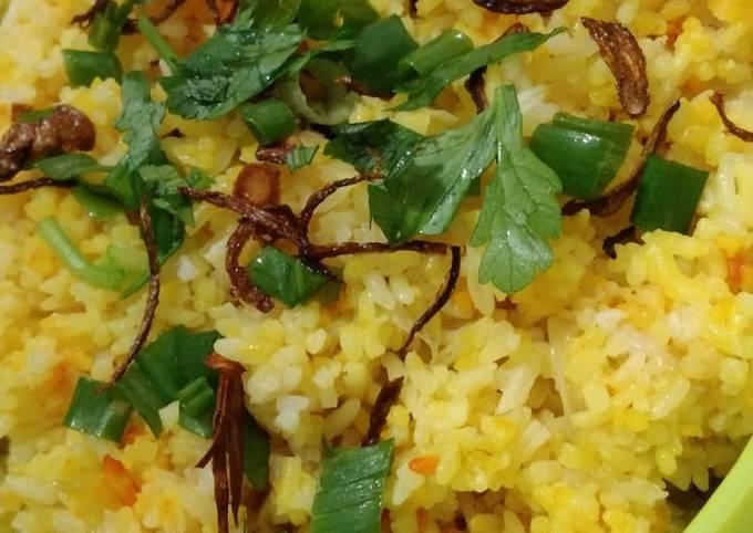 Nasi Minyak Simple (beras biasa dan tanpa minyak sapi)