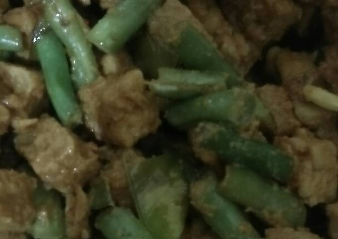 sambal goreng tempe basah - resepenakbgt.com