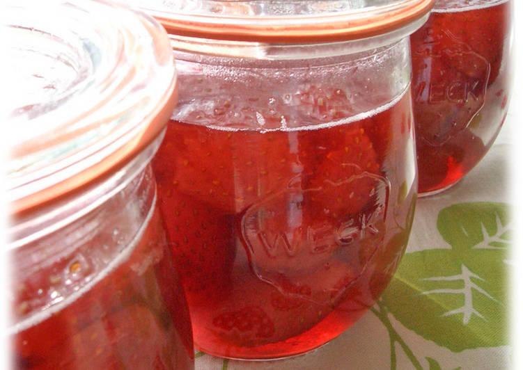 Easy Homemade Sparkling Strawberry Confiture Recipe
