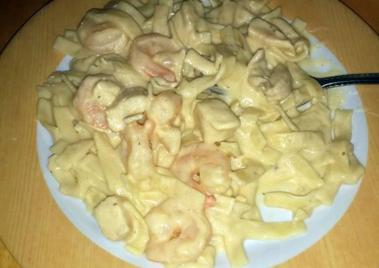 Chicken and shrimp Alfredo