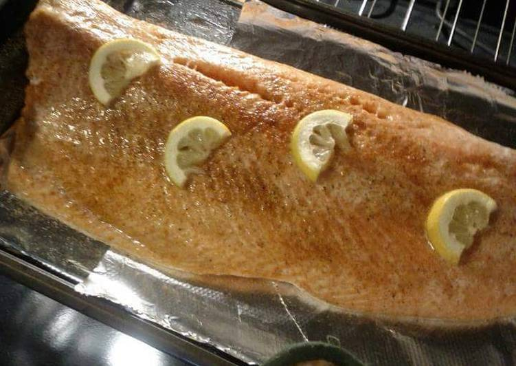 How to Make Mouthwatering Lemon Baked Salmon