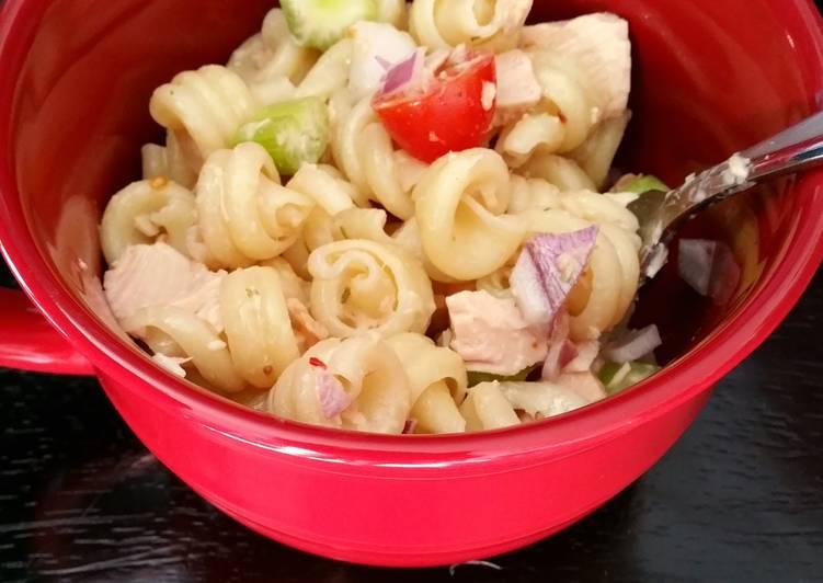 Favorite lunchtime tuna pasta