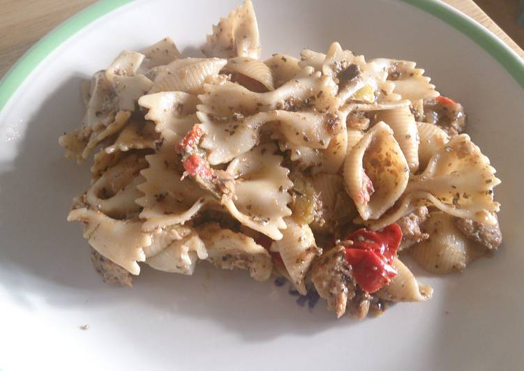 Recipe of Homemade Aubergine and mixed pepper pasta