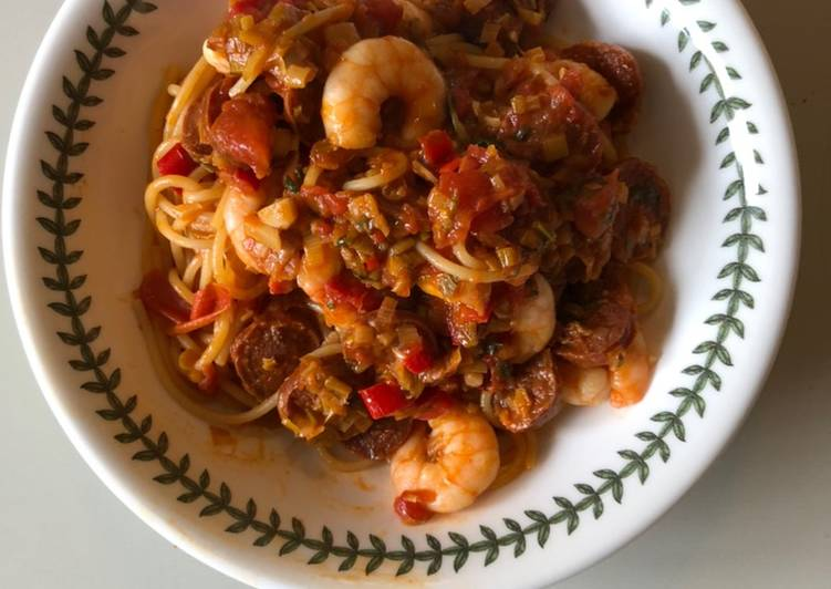 Easiest Way to Cook Delicious Prawn, Chorizo, Chili & Leek Spaghetti