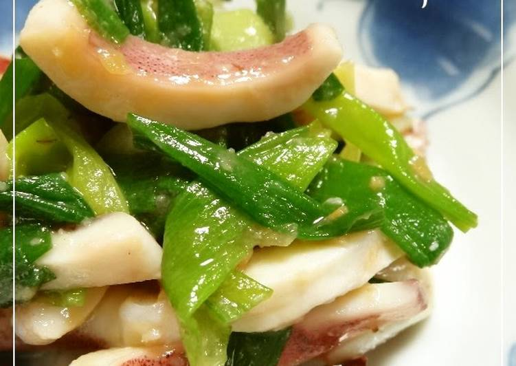 Tender Squid and Green Onions with Vinegar Miso Sauce