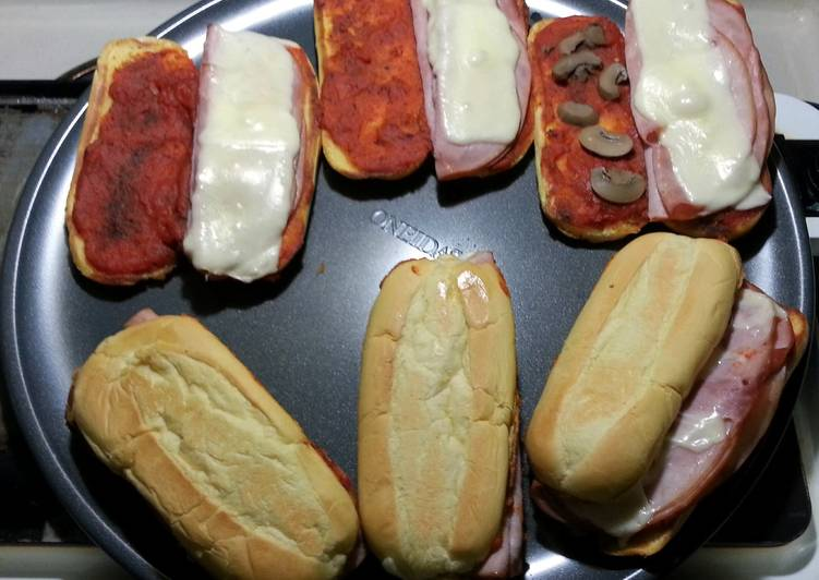Quick And Easy Pizza Sub Sandwiches Recipe By Krewchief25 Cookpad