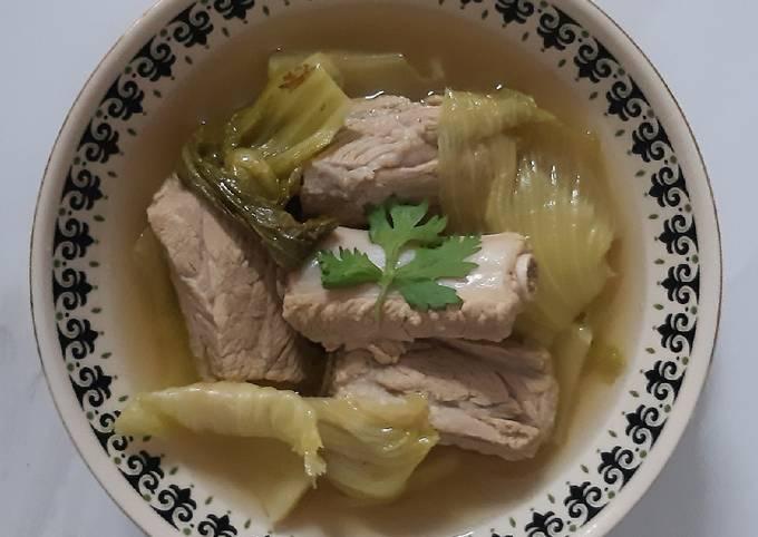"""""""ต้มจืดกระดูกหมูผักกาดดอง""""Pickled Lettuce Soup with Pork Rips"""