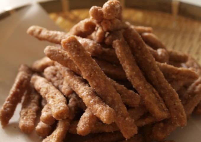 How to Make Quick Brown Sugar Karintou (Sweet Deep-Fried Brown Sugar Snacks)