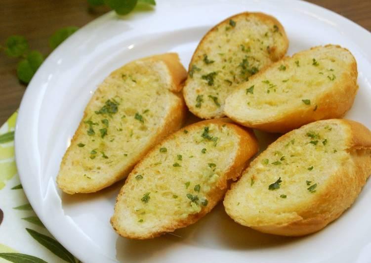 Foolproof Garlic Bread