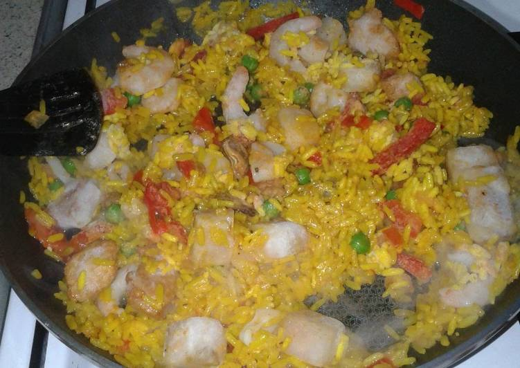 Recipe: Appetizing Spanish Seafood Rice