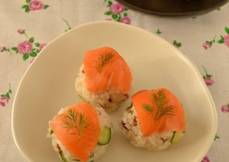 How to Make Super Quick Homemade Smoked Salmon Sushi Balls