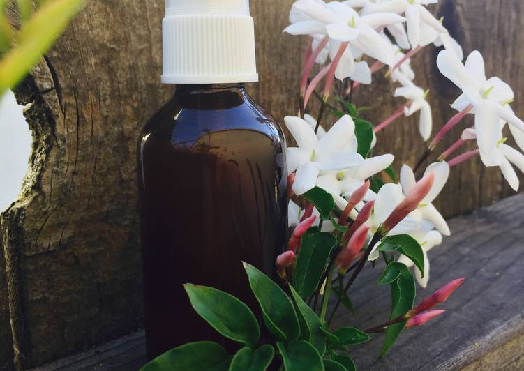 Natural Salt Deodorant Spray