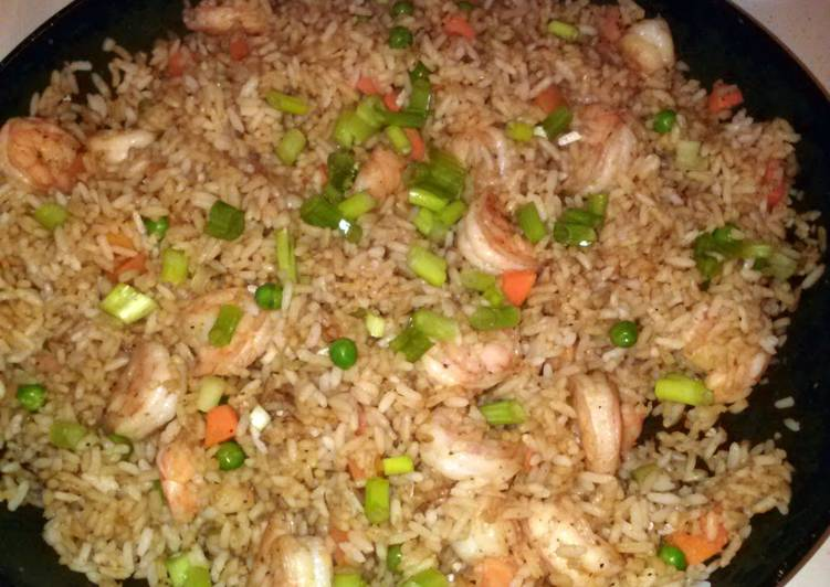 How to Prepare Award-winning Easy Shrimp Fried Rice
