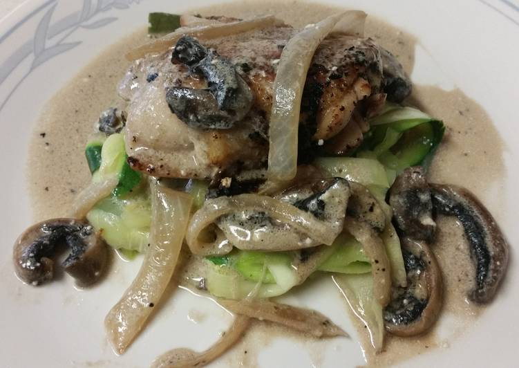 Recipe of Super Quick Homemade Chicken with rosemary mushroom cream sauce