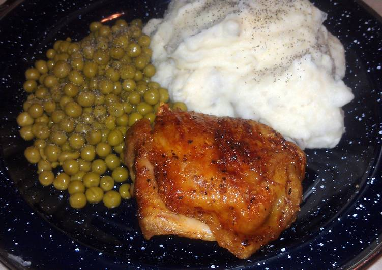 Easiest Way to Cook Appetizing Honey with Molasses Bacon chickens