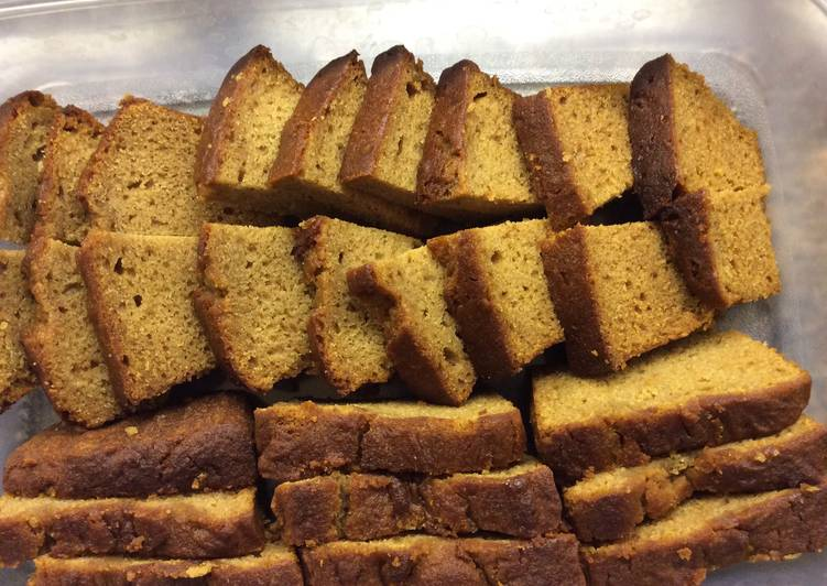 Eating 14 Superfoods Is A Good Way To Go Green And Be Healthy Gluten Free Majestic and Moist Honey cake