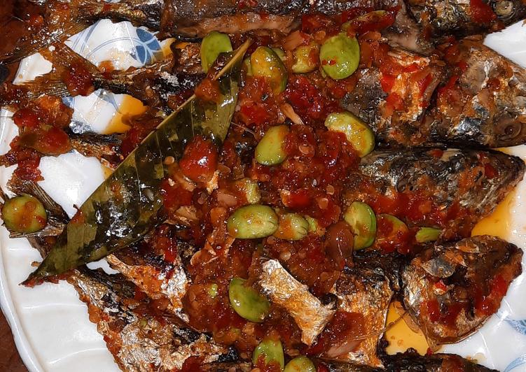 Ikan Kembung Balado Pete