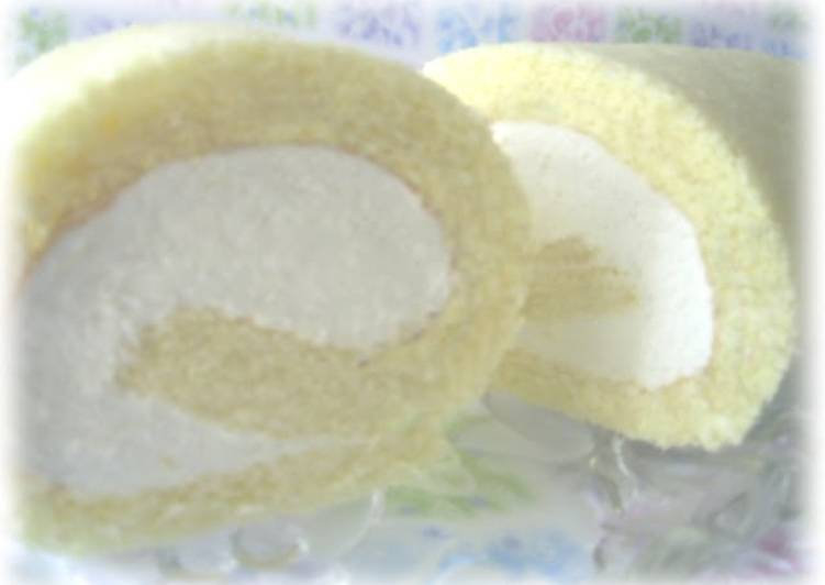 Roll Cake with No-Bake Cheesecake Filling