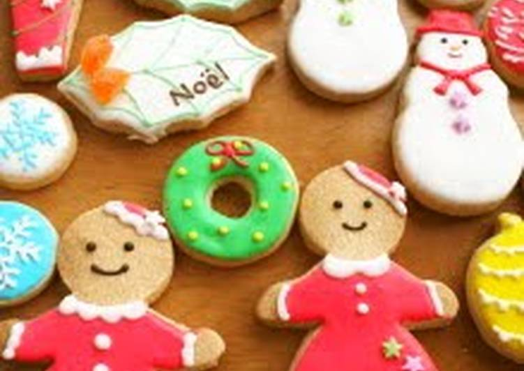 Easiest Way to Make Perfect Christmas Ornament Cookies