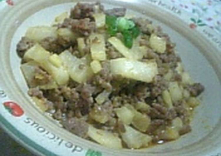 Ground Meat and Daikon Radish Spicy Stir Fry