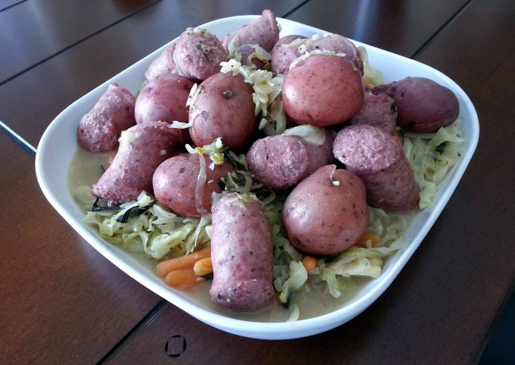 Polish Wedding Sausage with Cabbage and Red Potatoes