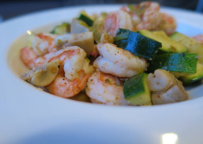 Spicy-shrimp with zucchini