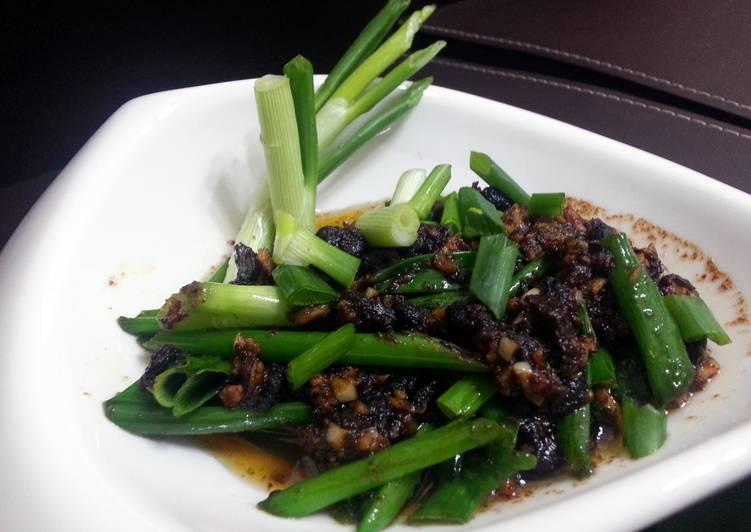 Simple Way to Make Homemade Garlic Black Bean Sauce