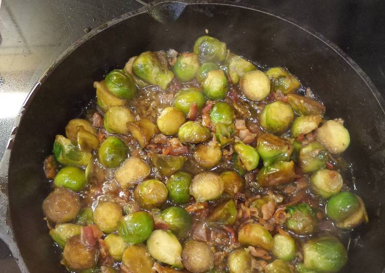 What is Dinner Easy Love Cast Iron Brussel Sprouts w/ Bacon
