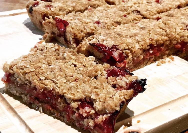 Steps to Prepare Speedy Strawberry & Oat Bars