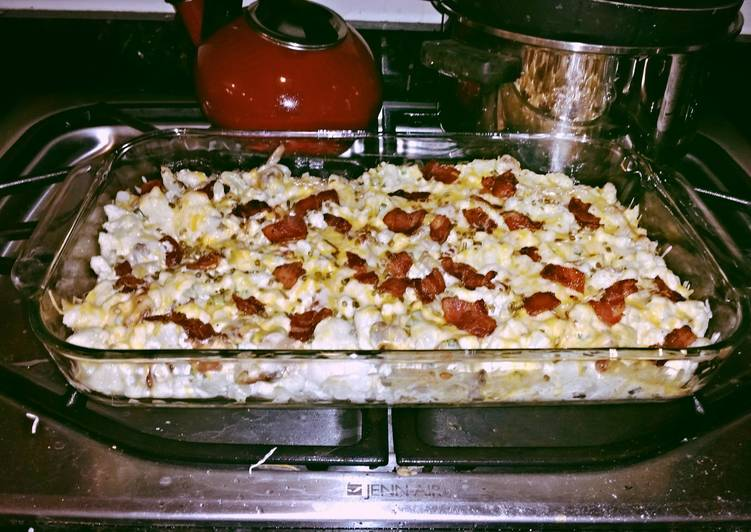 Low carb Loaded cauliflower casserole