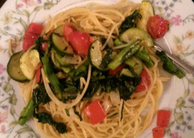 Recipe of Award-winning Mandy's olive oil and vegetable pasta