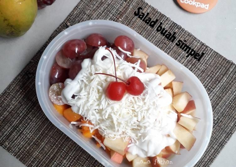 Salad buah simpel - cookandrecipe.com