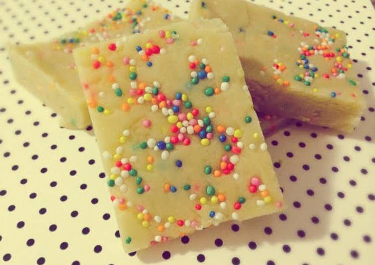 Recipe: Delicious White Chocolate Cookie Dough Fudge