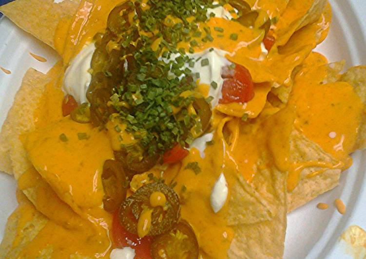 Super easy nachos vegetarian option