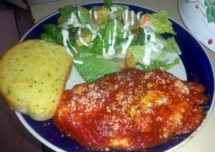 How to Make Delicious Slow Cooker Chicken Parmesan