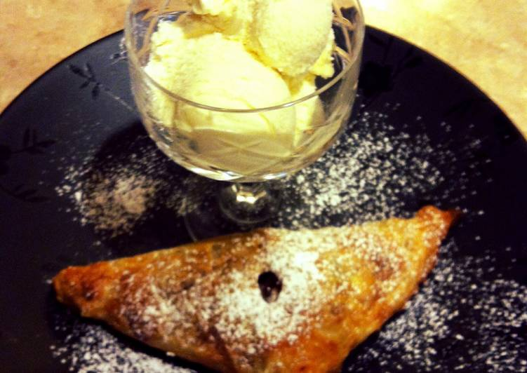 M&T's Asian Pear Turnovers