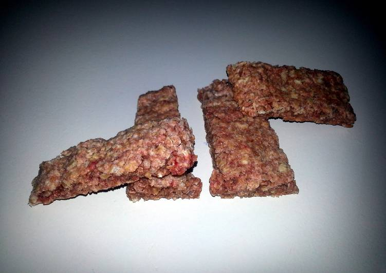 strawberry oat chewy bars