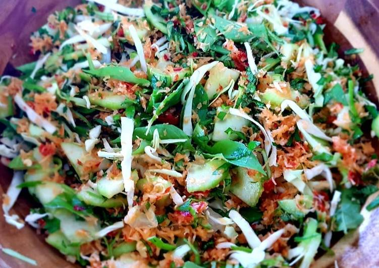 Fresh Indonesian Salad (Trancam)