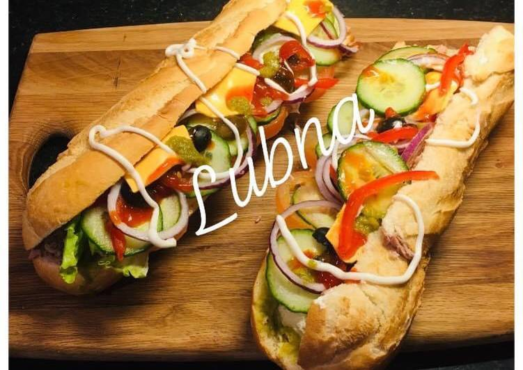 Steps to Prepare Any-night-of-the-week Subway style sandwich: