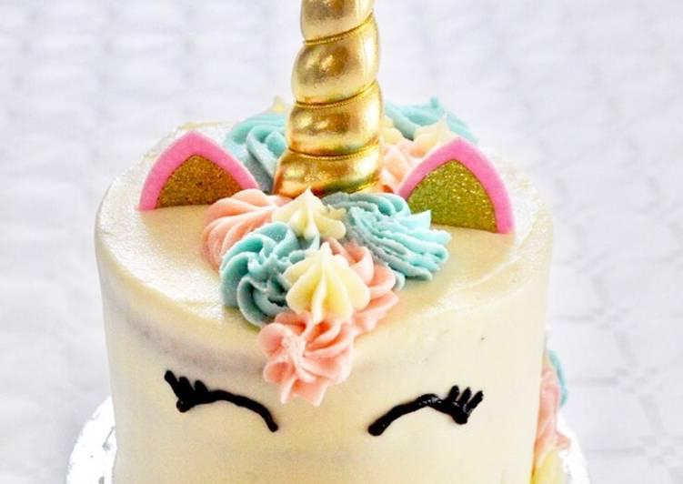Layer cake chocolat blanc fraise