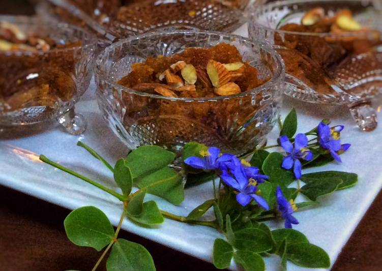 10 Minute Step-by-Step Guide to Make Quick Suji aur Anday ka Halwa