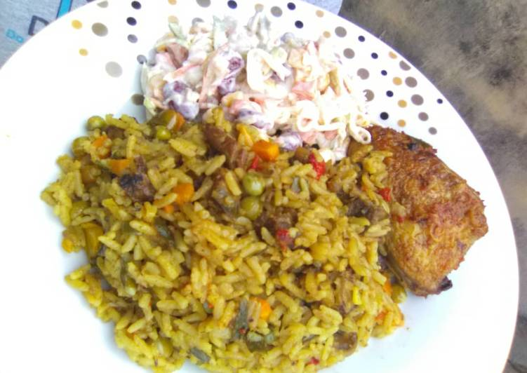 Recipe of Perfect Carribean Rice pair wit Salad and oven baked Honey glazed chic