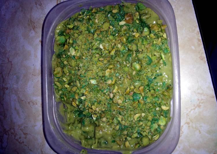 Simple Way to Make Quick Avocado pudding with wossabi peas