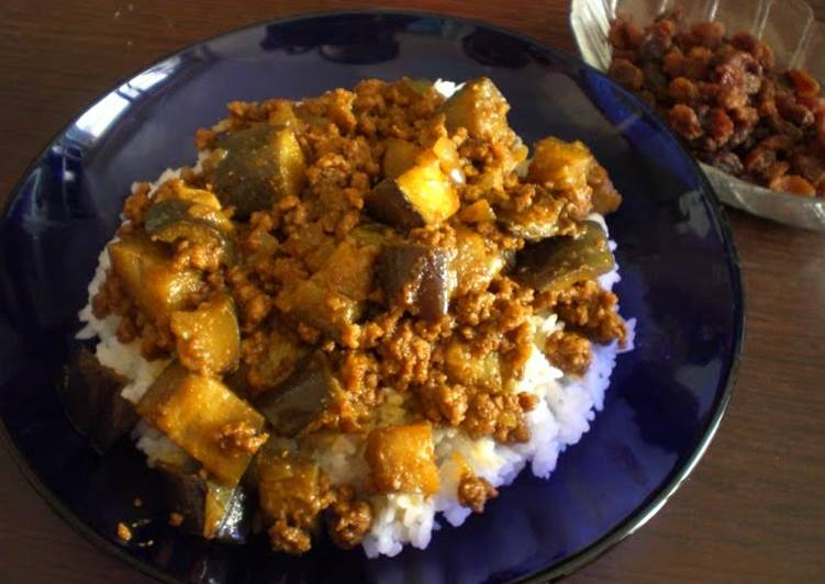 15 Minute Steps to Make Vegan Dry Eggplant Curry for Adults