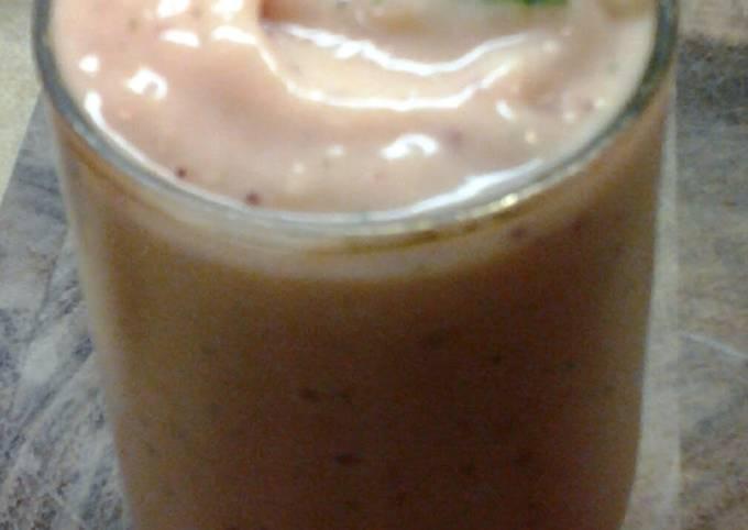 Mango Blueberry Mint Coolie