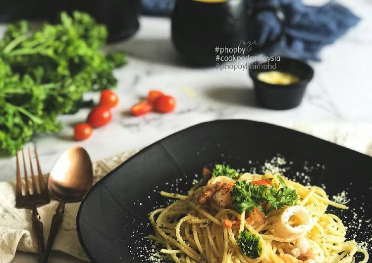 Spaghetti Aglio olio #phopbylinimohd #batch20