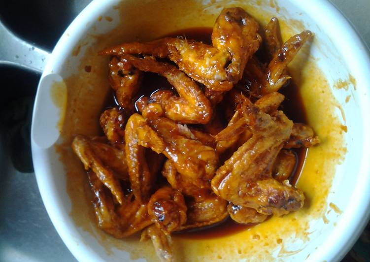 Living Greener for Better Health By Eating Superfoods, Kelly's Kickass Wings