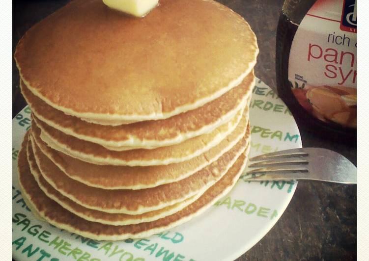 Classic Fluffy Pancakes